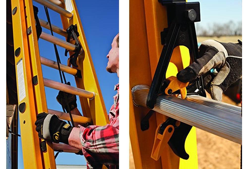 DeWalt DXL3020-16PT comes witn a quick latch and a nylon rope