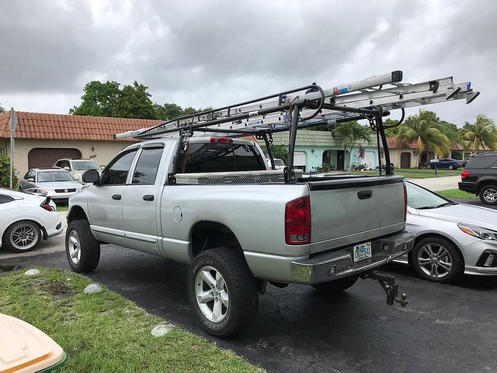One Ladder Truck Racks