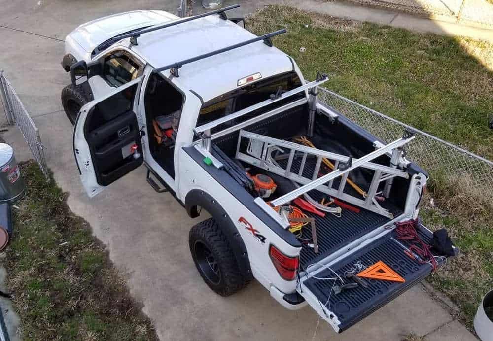 Proper ladder hauling